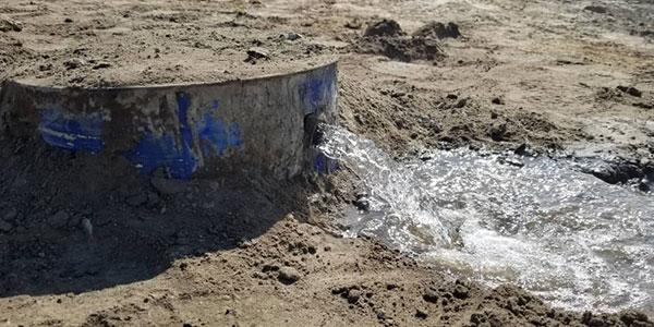 Reinhard-Baer-Botswana-Wasserpumpe2
